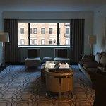 Foto de Loews Regency New York Hotel