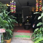 Photo de One Up - Banana Hotel