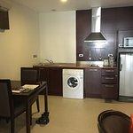 Photo de Grand Mercure Bangkok Asoke Residence