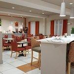 Foto de La Quinta Inn & Suites Harrisburg Hershey