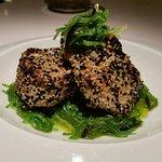 Fresh tuna steak with wakame salad