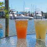 Gambar Cove Inn on Naples Bay