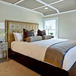 King Bedded Suites and Guestrooms at the Inn at White Elephant Village