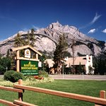 Banff Rocky Mountain Resort - exterior