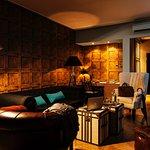 Suite lounge (245054824)