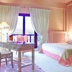 Photo de Country Club Hotel & Suites