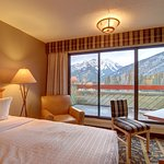 Superior Hotel Room - Mountain View