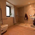 Agroturismo Arkaia, baño amplio y adaptado