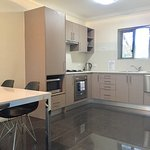 one bedroom apartment full kitchen facilities