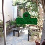 Photo de Hotel Leoncia