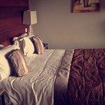 Grand lit avec une très bonne literie