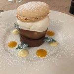 Dessert : macaron poire chocolat