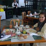 Disfruta un rico Desayuno en nuestro Restaurant Buffet