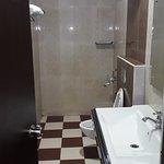Suite AC Wash room
