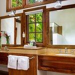 Bathroom in the 4 bedroom villa Almond