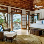 Master berdroom of the 5 bedroom villa Cotton