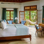 Garden view bedroom of the 5 bedroom villa Cotton