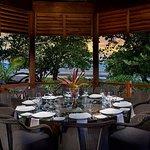 Dining gazebo for Cotton villa