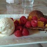 Croustillant glace vanille fruits rouges