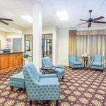 Foto de Days Inn by Wyndham Valdosta/Near Valdosta Mall