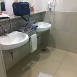 Banheiro amplo - ala nova