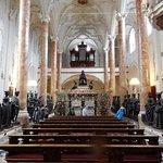 Hofkirche mit Grabmal