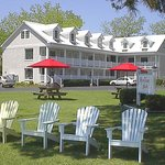 River Neuse Suites in Oriental, NC and the grounds