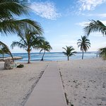 Potret Cayman Brac Beach Resort