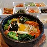 صورة فوتوغرافية لـ Mixed Grain Korean Cuisine