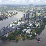 Photo de Meriton Serviced Apartments Brisbane on Adelaide Street