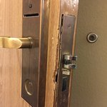 Lock on room 416