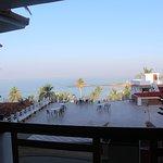 Photo de Sagara Beach Resort