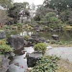 神苑「平安の庭」を臨む