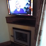 Tv/ Dvd player with information on hotel attractions etc