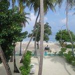 Photo de Sun Tan Beach Hotel
