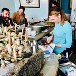 Real Maine women shuck oysters!