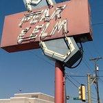 Historic Peak Elm Sign