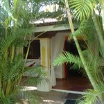 villas Kalimba is a collection of 3 bedroom  (cottages) arranged around a central pool. The surr