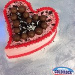 Love Valentines day celebration cakes