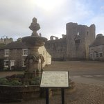 Middleham Castle Photo