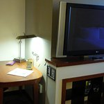 Desk & TV @ Hyatt Place Atlanta/Norcross/Peachtree
