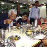 Photo de Rajhans Restaurant
