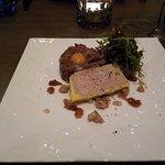 Le tartare de canard et son foie gras