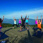 Outdoor yoga platform - overlooking Okanagan Lake