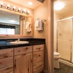B104 - bathroom #2