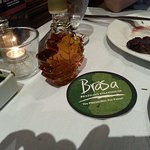 Green side of the Brasa card indicates that you would like the meat carver to stop .