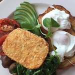 Veggie Breakfast with poached eggs
