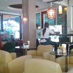 ภาพถ่ายของ Parrot Cafe