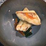 Filet de sole meunière, kumquat confit, fondue d'épinards à l'huile d'Argan