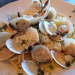 clams & pasta